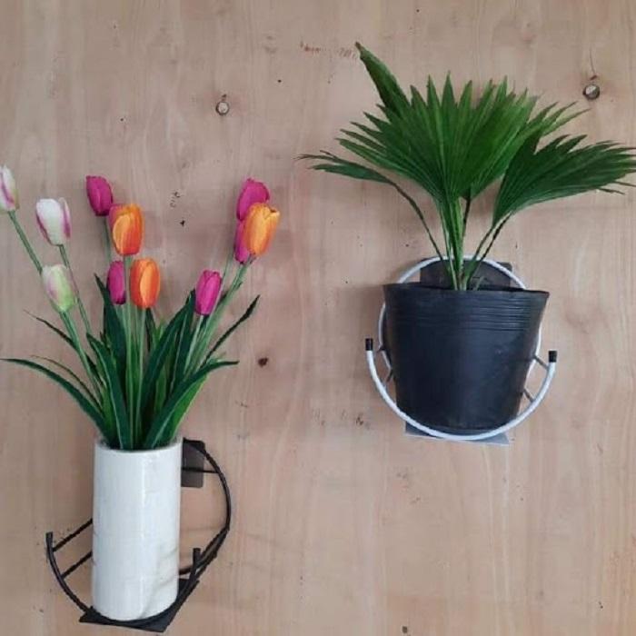 Giỏ hoa dán tường