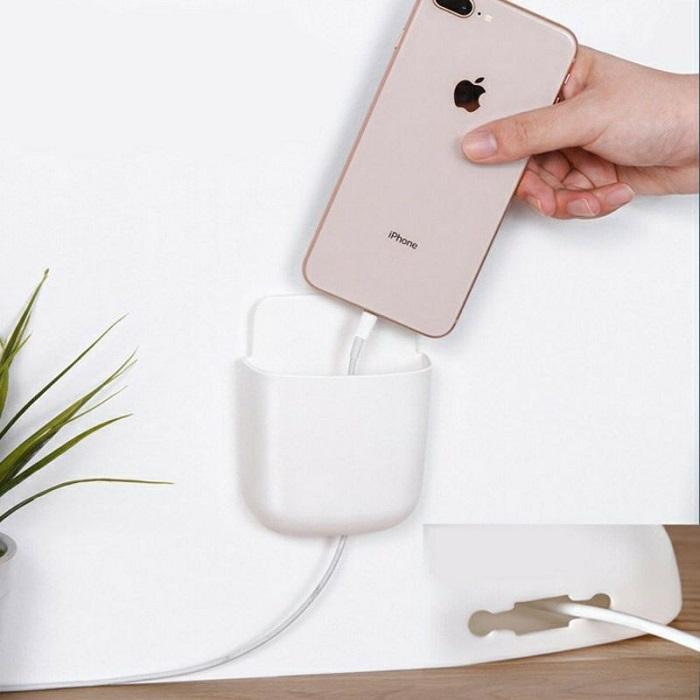 Hộp đựng điện thoại Remote dán tường